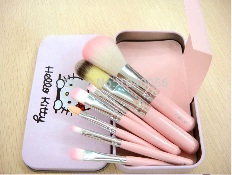 92ac04689 Hot sale Hello Kitty 7 pcs Mini Makeup brush Set cosmetics kit make up tools  for eyeshadow ...